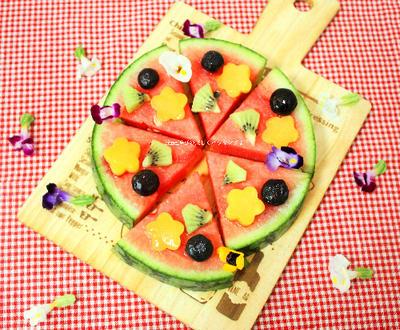 オバサンも作ってみたかった!!お花とフルーツがいっぱいのスイカピザ