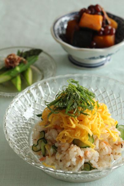 MayucafeCookingSchool 7月レッスンのおしらせ「暑い日でもかんたん&さっぱり和食でおもてなし」鮭ときゅうりのちらし寿司*ひつまぶし風