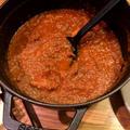 牛スジ肉のトマト煮込み
