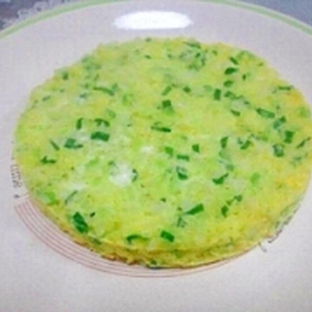 レンチンで簡単☆塩麹ニラキャベオムレツ風
