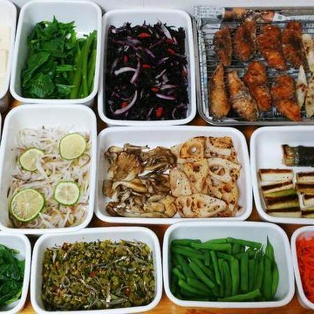 2015/10/4常備菜(さんまの梅しそ巻き焼き、さばの竜田揚げなど)*PARIYAのデリランチ