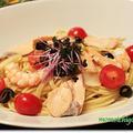 えびとサーモンのアクアパッツァ風スープスパゲッティ