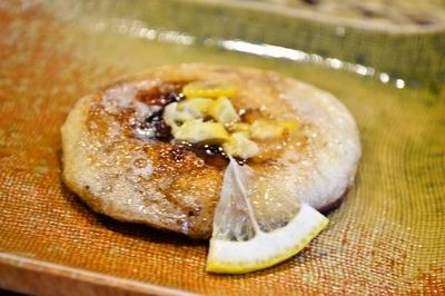お餅の塩レモンバター焼き