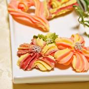 ホワイトデーお菓子に♪レシピブログくらしのアンテナ「華やか桜の絞り出しクッキー」「イチゴのスノーボールクッキー」2品掲載頂きました