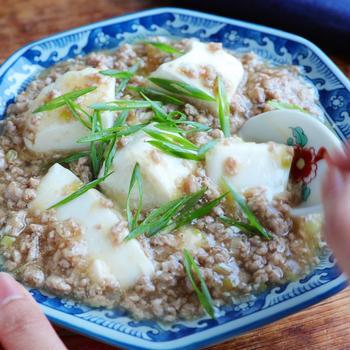 ほっとする優しい味わい。豚ひきと豆腐で和風だし麻婆