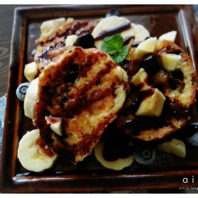バナナチョコフレンチトーストで甘~い朝してま~す(*ノωノ)