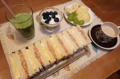 ツナサンド&卵サンドの朝ごパン と 焼き鳥屋さん♪