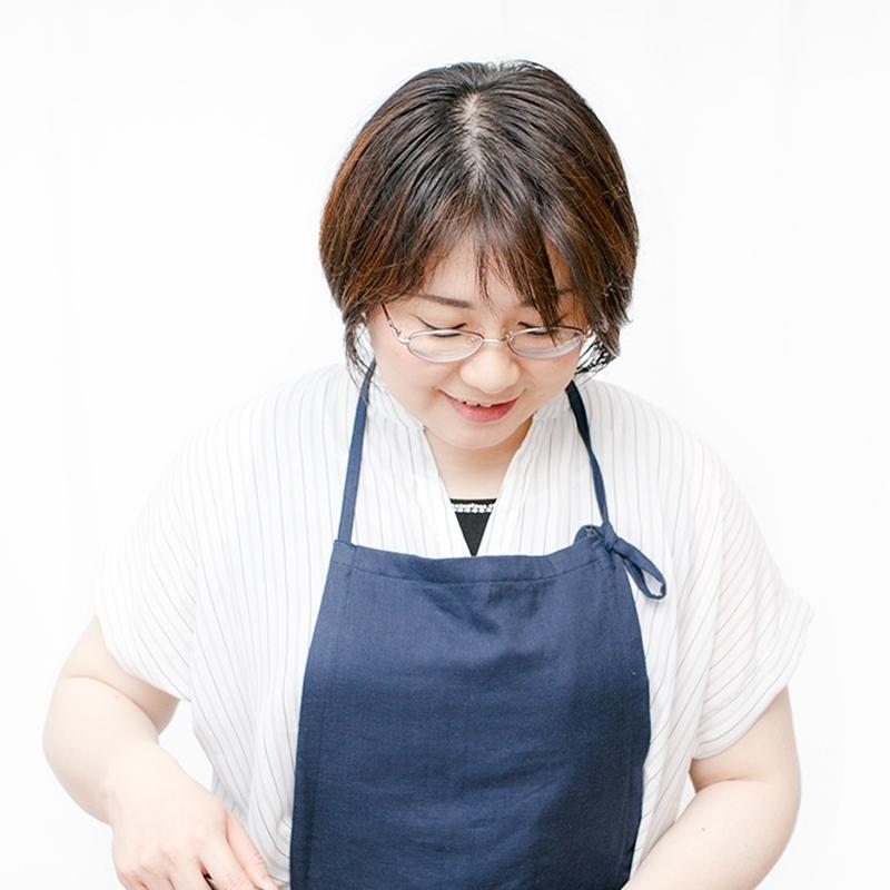 料理・食文化研究家。女子栄養大学食生活指導士。企業向けレシピの開発、食関連の執筆・翻訳も手がける。海...