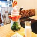 西尾の映えスイーツ!「カフェサラデリ」の桜ソフト&タピオカ抹茶のパフェラテが可愛い