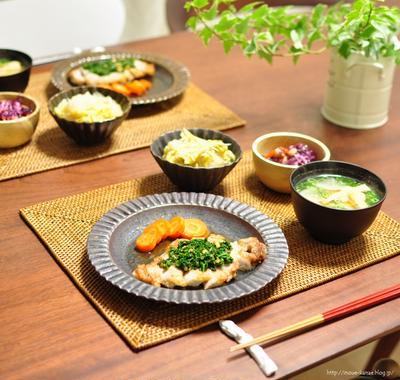 《白菜のどっさりしらす煮》と昨日の晩ごはん、今朝のかまちょメイさん