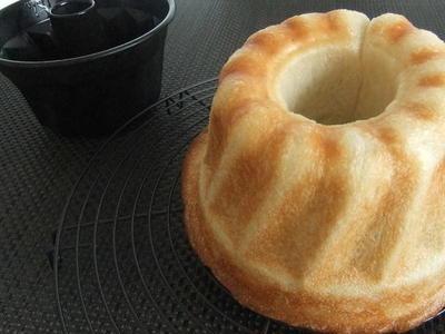 >しあわせのパン「林檎のクグロフ」♪ by ユウさん