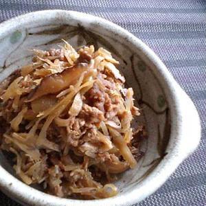 水煮や冷凍ならお手軽♪ささがきごぼうで作る簡単常備菜レシピ