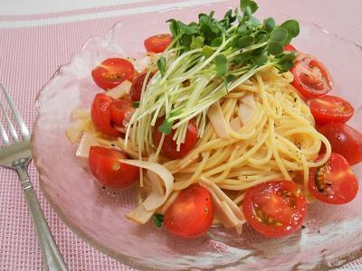 簡単!!かいわれとハムの冷製トマトパスタの作り方/レシピ