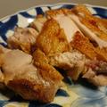 塩とカレー粉を混ぜて擦り込んて焼いただけの鶏もも肉