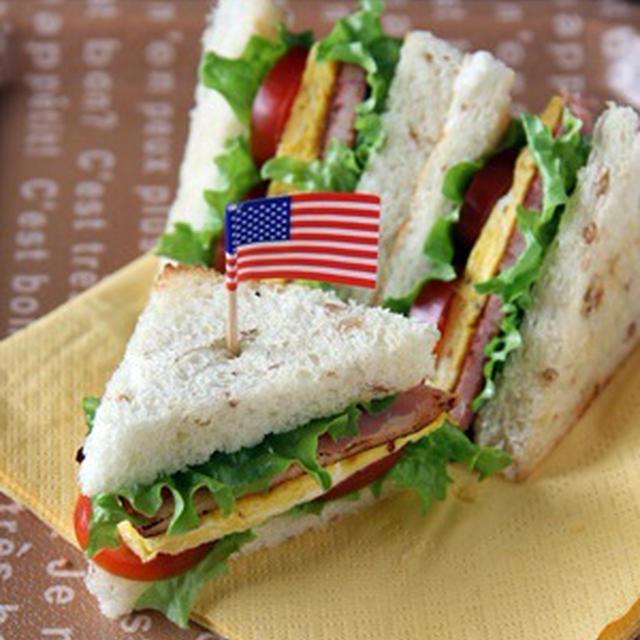 BLT+E サンドウィッチ