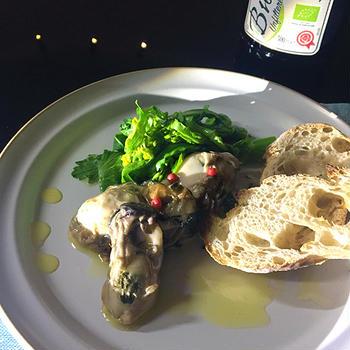 牡蠣のオイル漬けと菜の花のスパゲッティー。