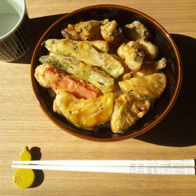 天ぷらの残りで、天丼