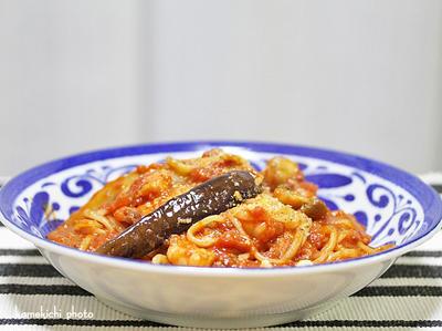 生パスタで海老と茄子のトマトソースパスタ&分け合って「から揚げ弁当」