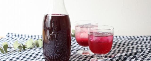 季節の手仕事を楽しもう!あれこれ使える「しそジュース」レシピ