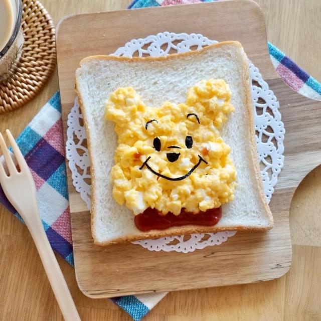 プーさんにみえますか?レンジで簡単クマさん食パンースクランブルエッグ✻卵✻トースト✻ディズニー