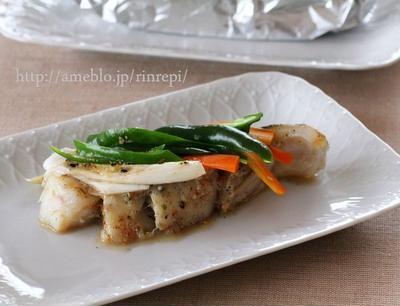 白身魚と野菜のにんにく唐辛子味噌ホイル焼き