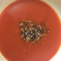 お手軽朝ごはん。蒸しキヌア入り野菜スープ