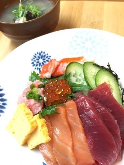 父の日の海鮮丼♪ 鎌田醤油のだし醤油で美味♡