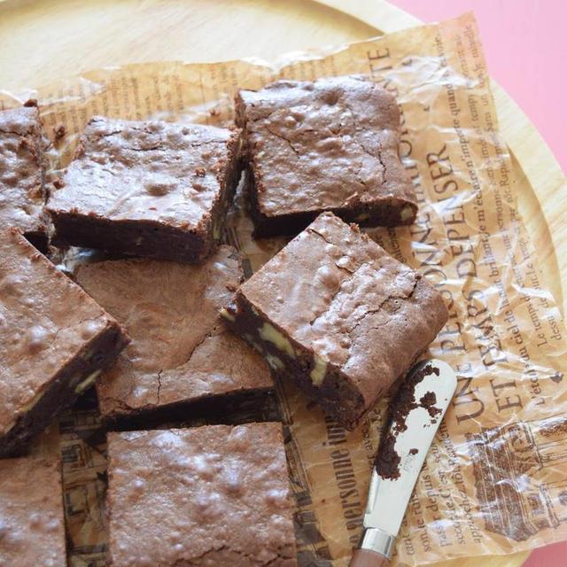 ファッジブラウニー チョコレート含有量2倍の濃厚ブラウニー