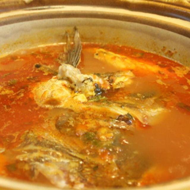 鯛のトマトスープ