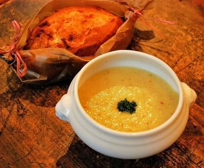『いい夫婦の日』の朝食は、さつま芋と大根のスープ