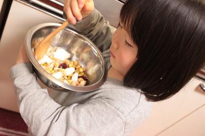 すっごい美味しい 魚介と豆のサラダ (子供とつくろう)