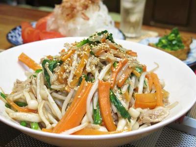 今日の晩ご飯/暑い日にはスタミナ満点!ボリュームたっぷりな「豚ニラもやしの中華風炒め」