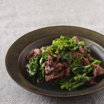 菜の花と牛肉のナンプラー炒め