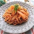 備蓄の市販の生麺ナポリタンで野菜たっぷりナポリタン(新玉ねぎ、水菜)
