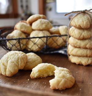 袋でモミモミ!思い立ったらできるメロンパンクッキー。玉子不使用。