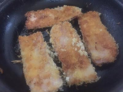 ベーコンカツ フードリエの旨味食感 ジューシー厚切りベーコンで作りました