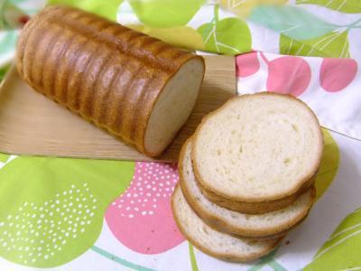 トヨ型でしっとりふんわり食パン♪