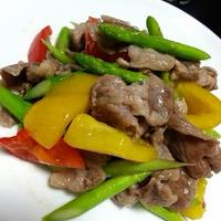 夏を乗り切る豚肉と野菜のカラフル炒め☆