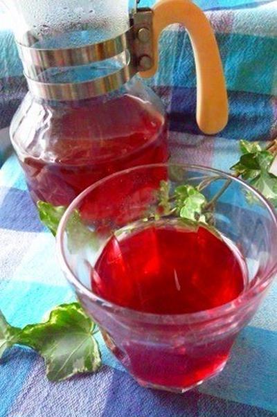 さっぱり!赤い紫蘇の手作りジュース。