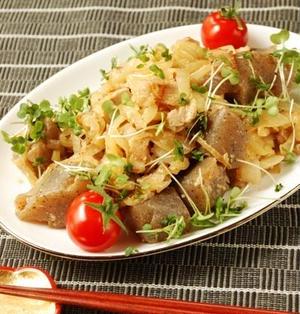 豚バラとこんにゃくの塩麹生姜炒め