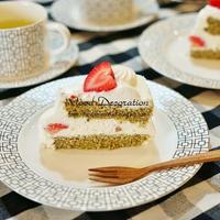 チェンマイ苺を使ったスイーツ ~抹茶&苺ケーキ