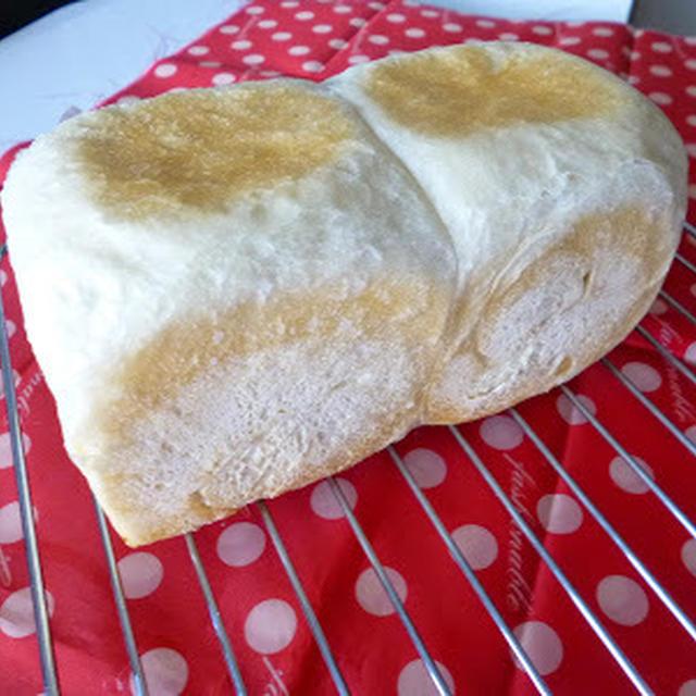 【パン】ドライイースト1.5gでシンプル食パン。2本続けて焼きました(^^;