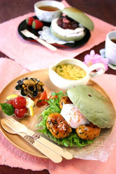 よもぎ小豆ベーグル春サンド2種☆お食事系&スイーツ系!