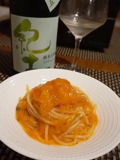 パスタのコースで日本酒を、柿とニンジンの冷製パスタ、鮭白子ラビオリ、燻製牡蠣と焼き葱のスパゲッテ