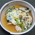 鶏肉入りニラとブナシメジの卵とじ