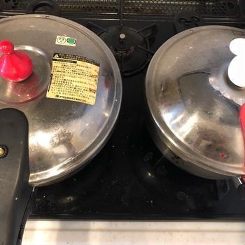 圧力鍋の「高圧」と「低圧」で、牛スジを茹で比べてみた