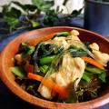 鶏むね肉と小松菜の春雨サラダ