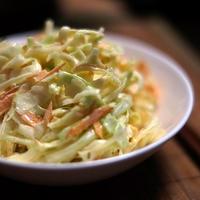 涙の出ないタマネギ「スマイルボール」で『ラクチン野菜だけコールスロー』(レシピあり)