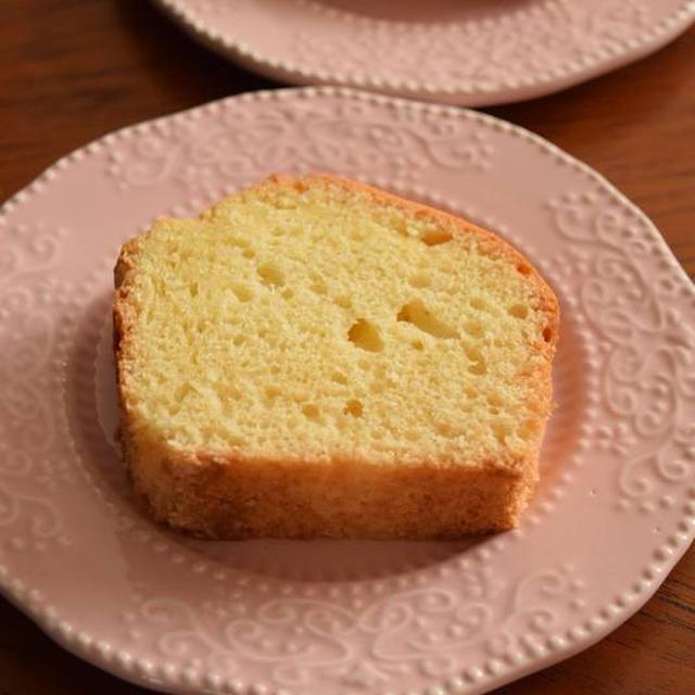 ホットケーキミックスで作るメロン果汁のパウンドケーキ