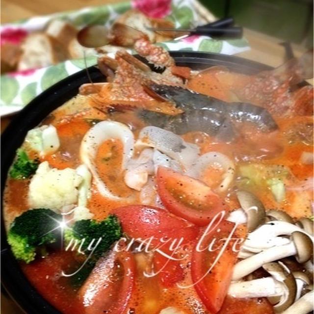 白味噌がミソの海鮮トマト鍋